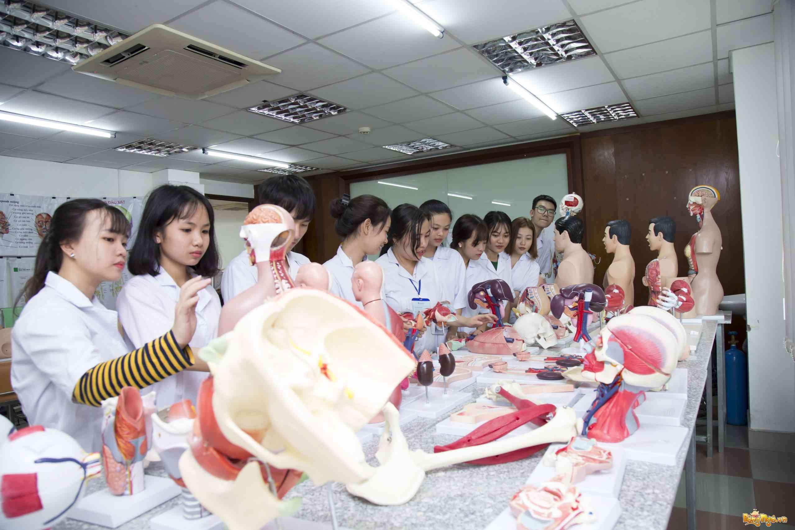 Cao đẳng Y Dược Sài Gòn tuyển sinh chỉ cần tốt nghiệp THPT